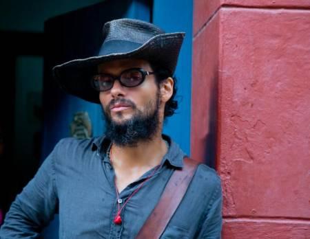 Draco Rosa explorará su dualidad artística en Bogotá