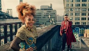 Janet Jackson y Daddy Yankee llenan de fiesta las calles de Brooklyn