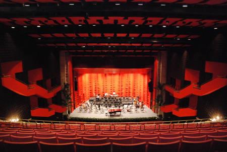 Niní Cáffaro afirma que la música urbana no es para el Teatro Nacional