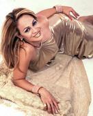 "Miriam Cruz estrena ""Sola"""