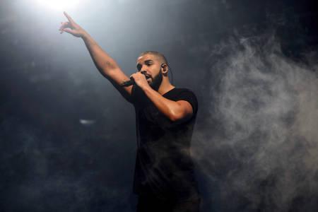 Drake y Cardi B encabezan lista de nominados a premios AMA