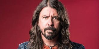 Dave Grohl relata su rutina alcohólica antes de cada concierto