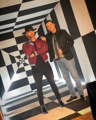 """Gabriel y Alex Bueno estrenan el videoclip de nueva versión de """"Colegiala"""""""