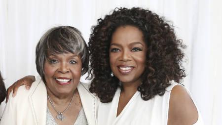 """Oprah sobre muerte de su madre: """"Ella vivió una buena vida y ahora está en paz"""""""