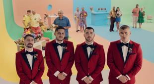 Los Rivera Destino y Bad Bunny lanzan un bolero dedicado a los padres
