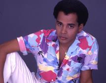 Sandy Reyes: Antes de ser voz de oro del merengue su sueño era ser cantante romántico