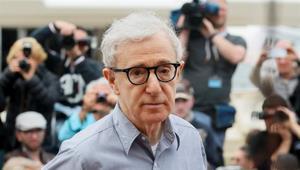 Woody Allen cambia de editorial y publica sus memorias sin avisar