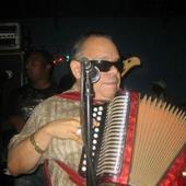 Muere en Nueva York el merenguero típico El Cieguito de Nagua
