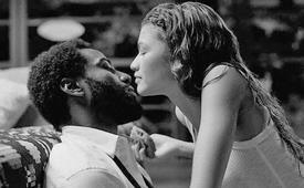 """Zendaya se sumerge en el caos del amor con """"Malcolm & Marie"""""""