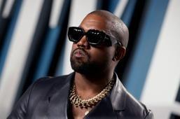 """Kanye West reaviva su polémica con Universal por publicar """"Donda"""" sin permiso"""